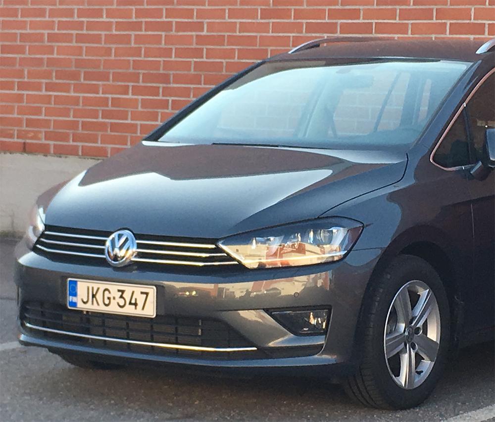 Esittelyauto VW Golf